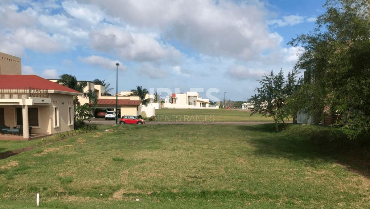 Terreno Col. Lagunas de Miralta